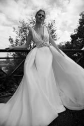 nicole-spose-ARAB16631-AlessandraRinaudo-moda-sposa-2016-532[1]