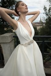 nicole-spose-ARAB16631-AlessandraRinaudo-moda-sposa-2016-559[1]
