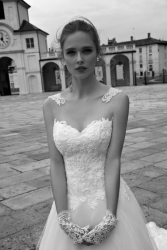 nicole-spose-ARAB16629-AlessandraRinaudo-moda-sposa-2016-378[1]