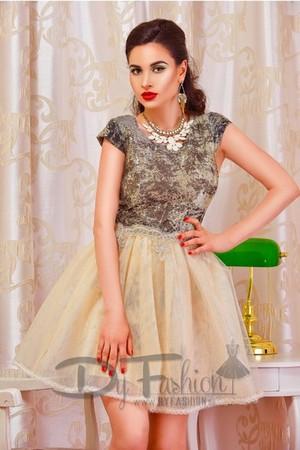 Modele de Rochii Baby Doll pentru Nunta, Botez sau Cununie Online