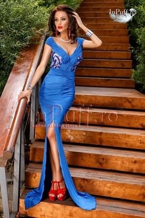 Modele de Rochii de Seara Lungi pentru Petreceri Online