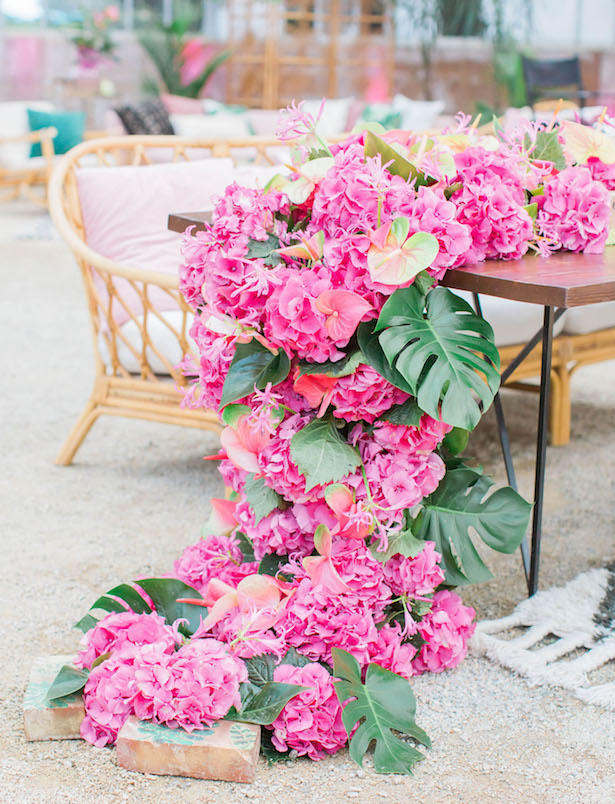 Garland-Wedding-Centerpiece-14
